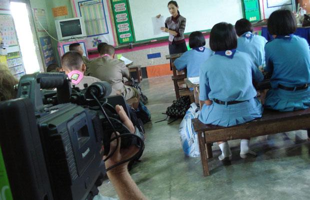 SVT på besök hos projektet VCDF i Thailand.