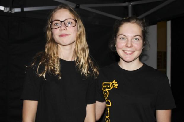 Tuva Sällvin och Linnéa Ånger. Foto: Eva Ekeroth