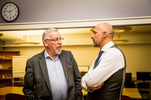 Johnny Mostacero och distriktsordförande Björn Karlsson. Foto: Nathalie C. Andersson